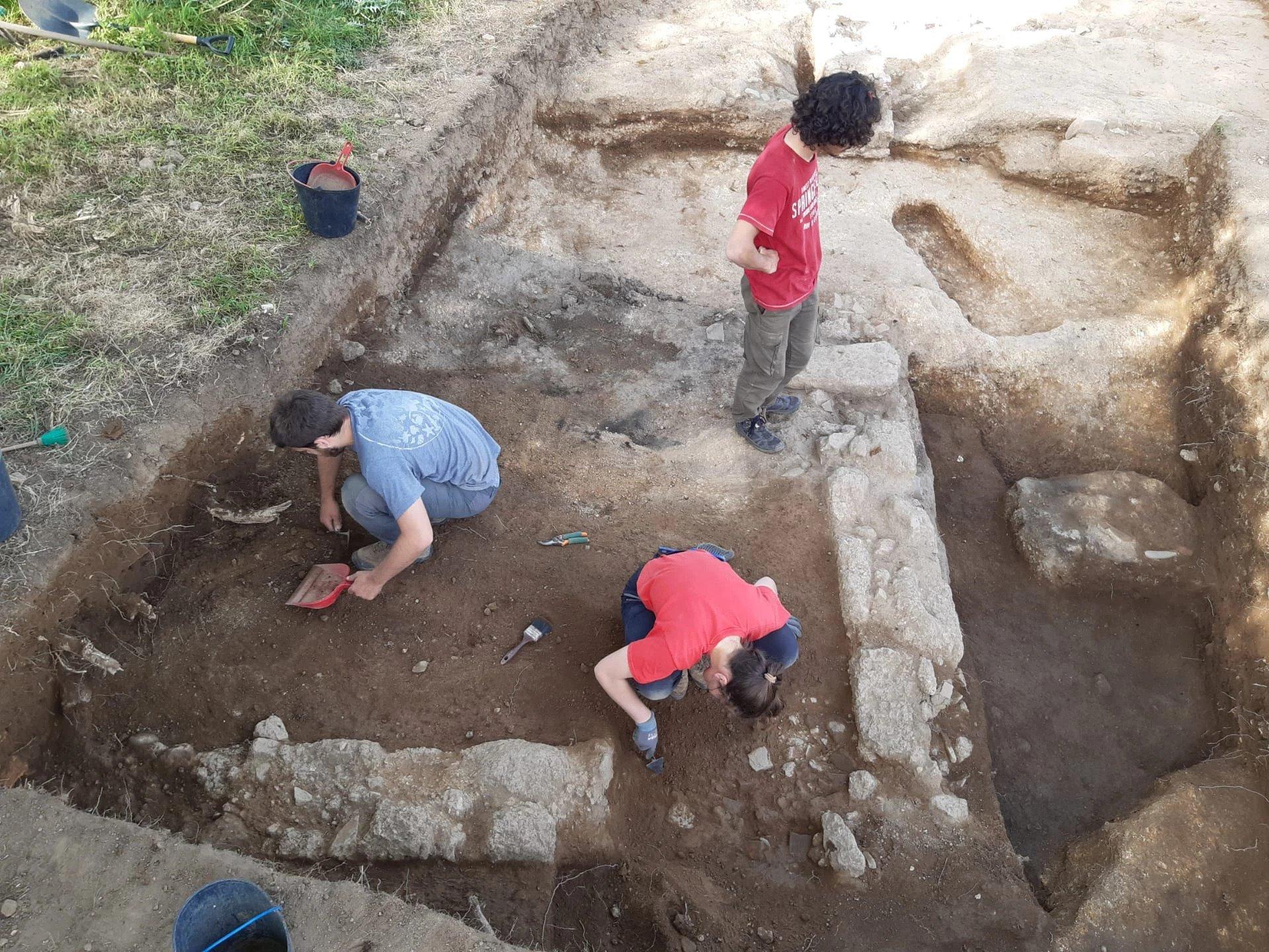 escavação santa comba dão 04 2021