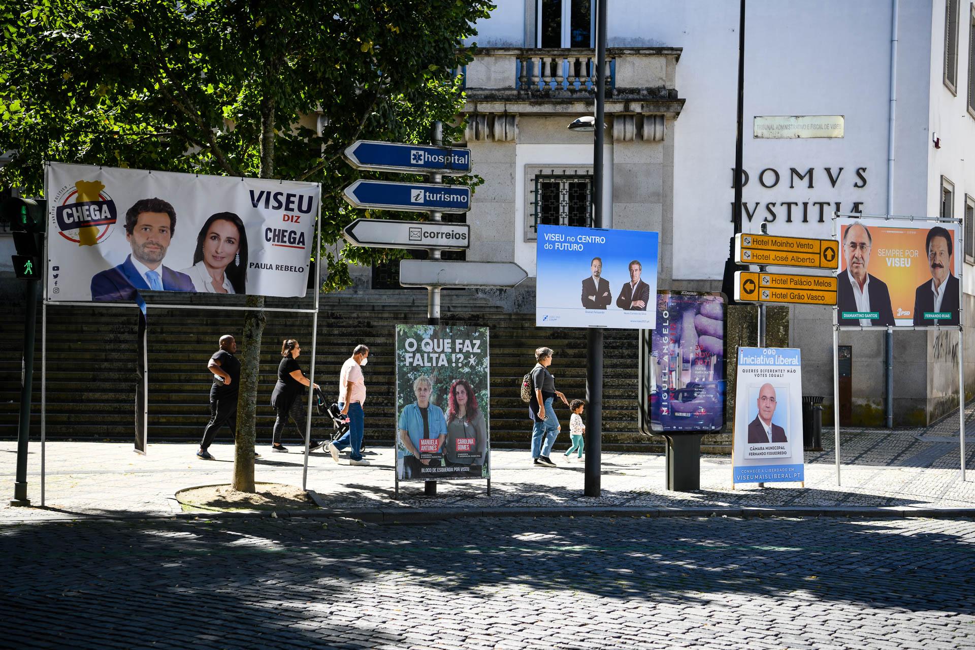 Cartazes da campanha para as autárquicas 2021